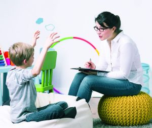 one on one behavioral therapy for autistic children on the spectrum